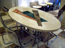 mesa de mármol con incrustación en estock