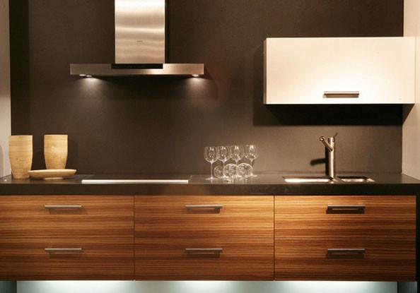 Eduard moragues zocalos para cocinas con granito o silestone for Granito o silestone para cocinas