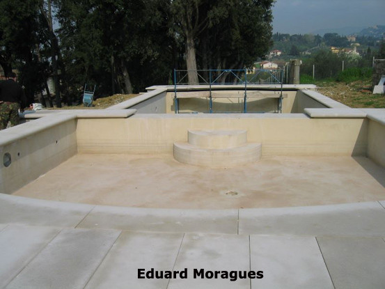 Eduard moragues piedra para el pavimento de piscinas en for Limpiadores de piscinas