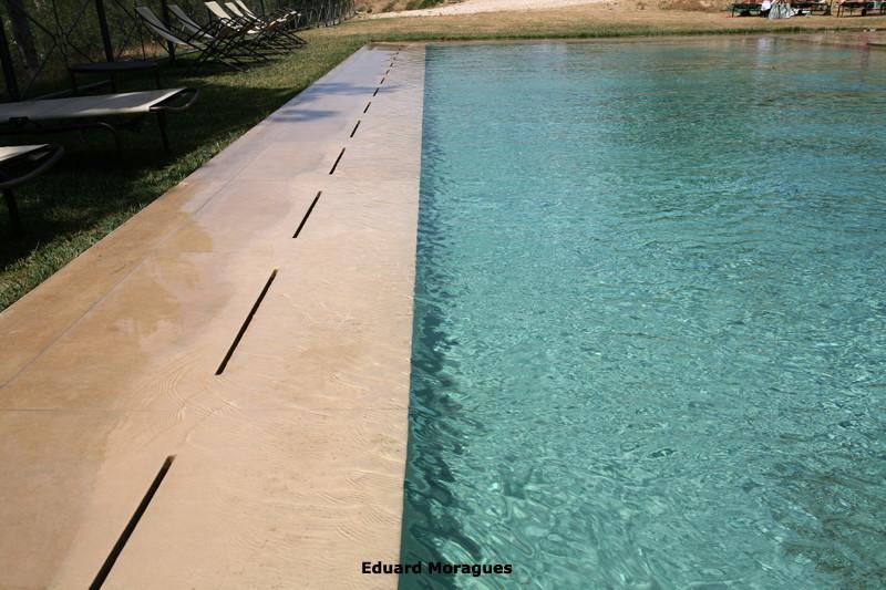 Eduard moragues piedra para el pavimento de piscinas en - Piedra artificial para piscinas ...