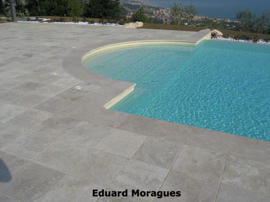 Eduard moragues piedra para el pavimento de piscinas en for Pavimento para piscinas