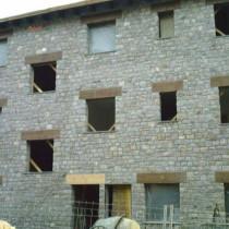 Casa de piedra rústica