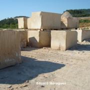 bloques piedra vinaixa