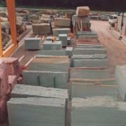 palets piedra verde
