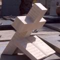 cruces de piedra para cementerios